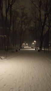 Jeśli spacer zimą to tylko w kurtkach 4F